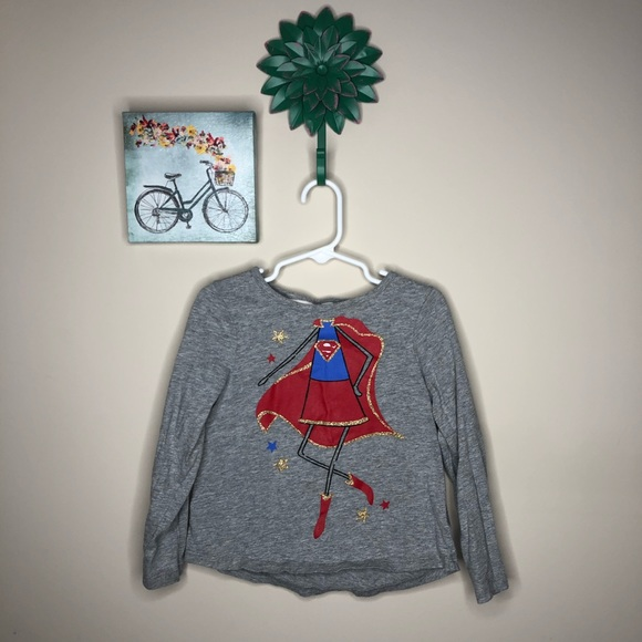 Gap super girl shirt with cape